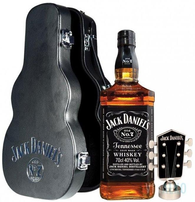 Уиски Джак Даниелс 0.7 л Китара