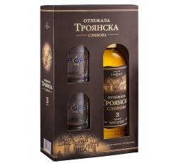 Троянска Сливова Ракия Отлежала 3 годишна 0.7 л с 2 Чаши
